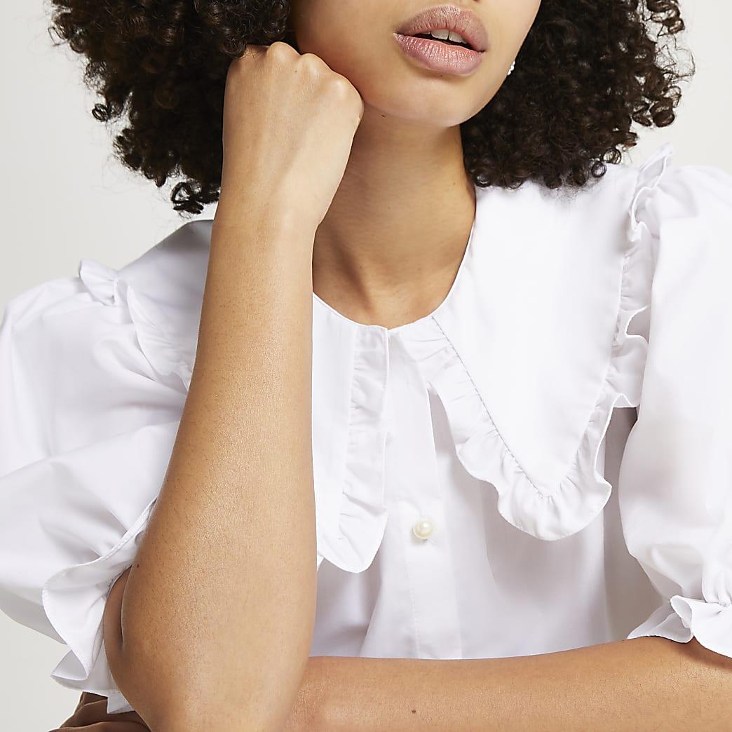 White short sleeve frill trim collar top