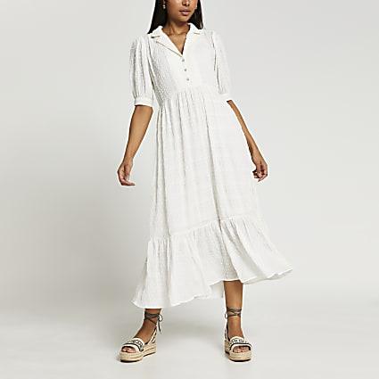 White short sleeve tiered midaxi dress