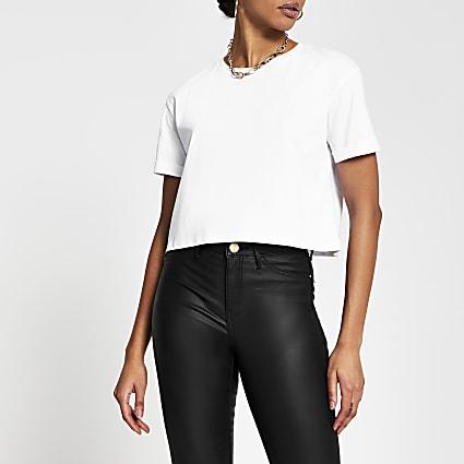 White short turn back sleeve crop t-shirt
