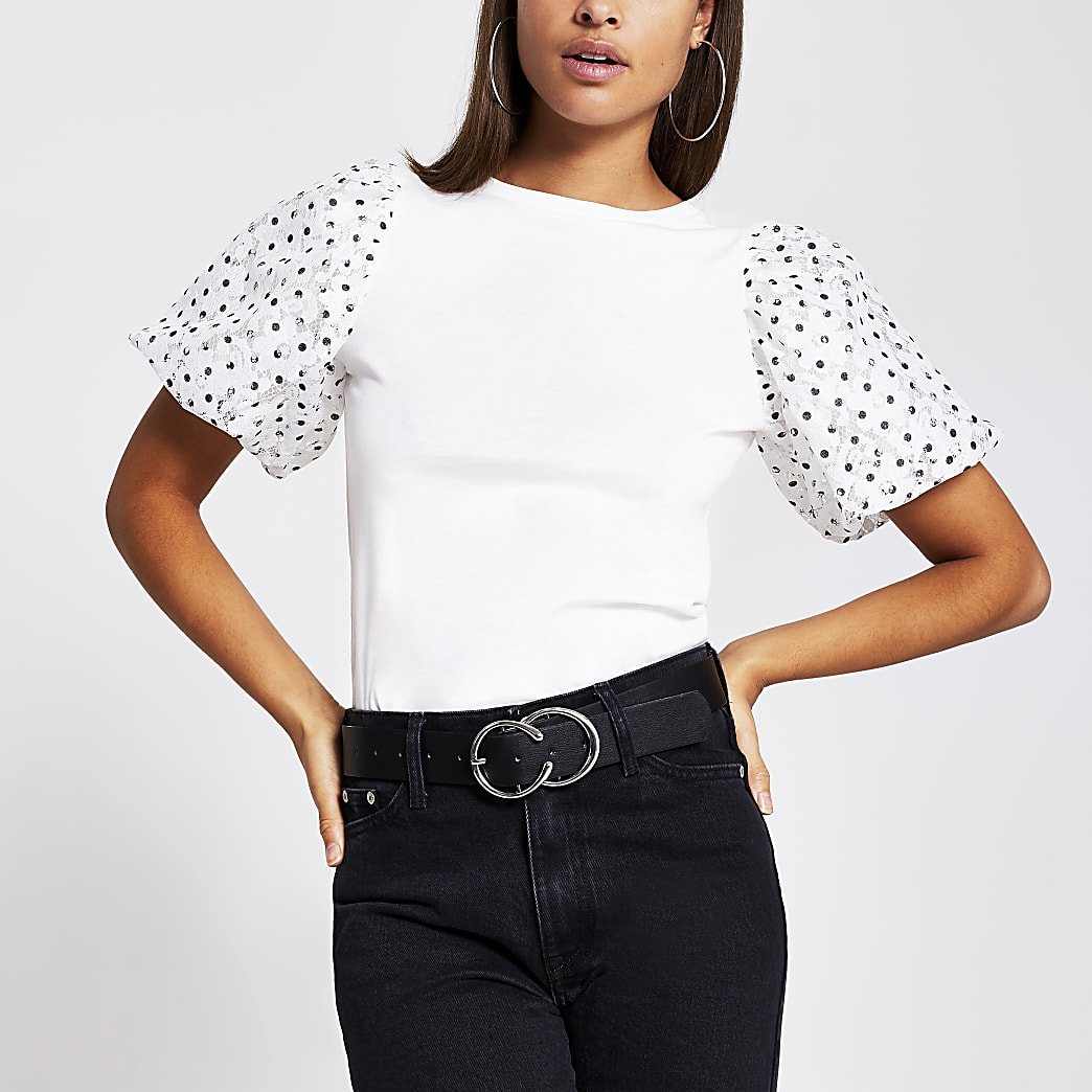 T-shirt à manches ballon dentelle à pois blanc