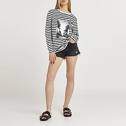 White stripe graphic print long sleeve top