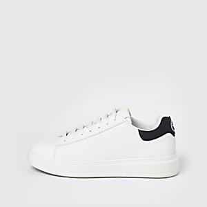 Strukturierte Sneaker zum Schnüren in Weiß mit Keilabsatz