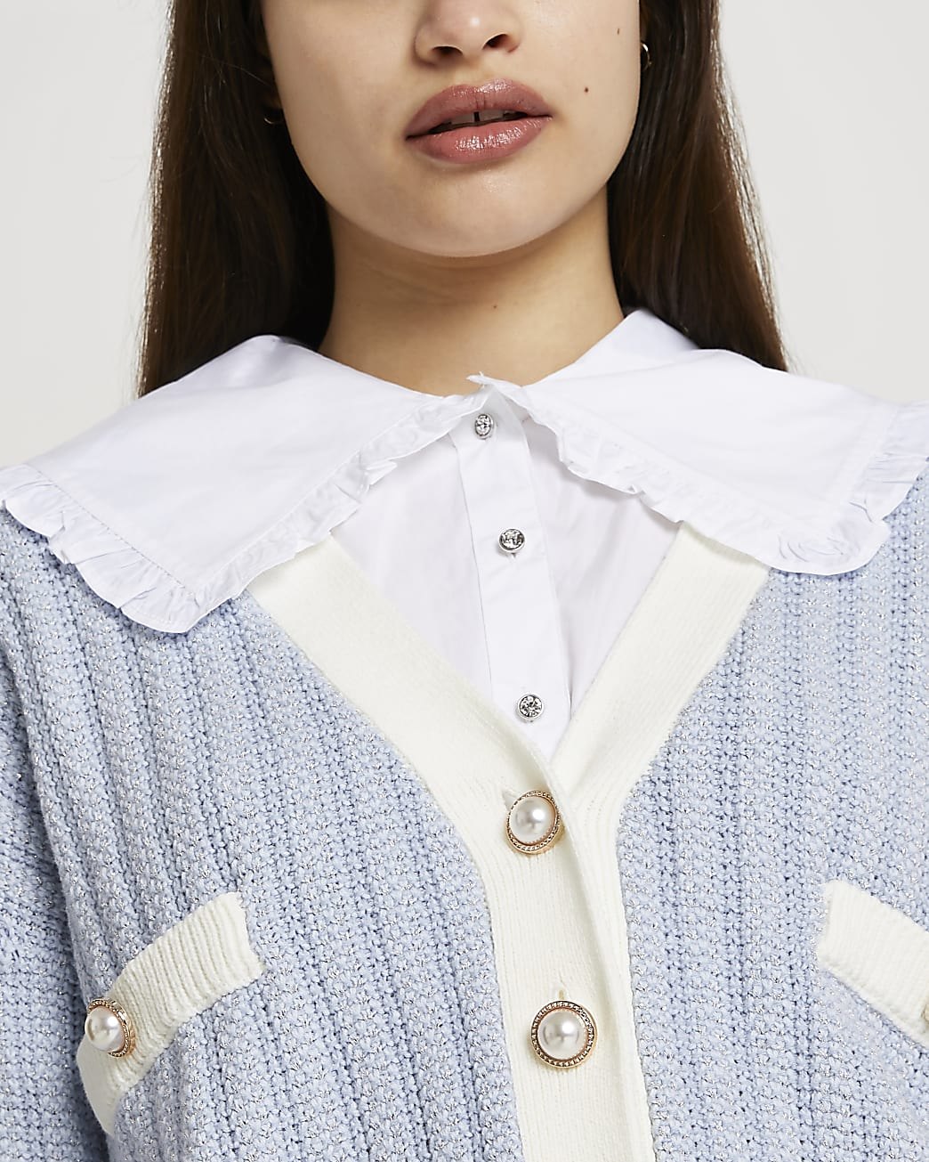 White wide ruffle collar bib