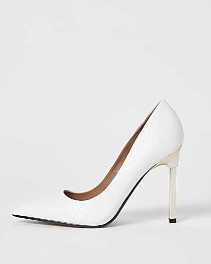 White woven embossed court high heels
