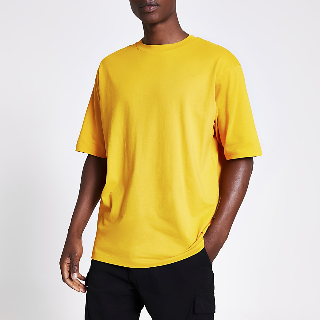 Yellow short sleeve oversized t-shirt