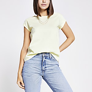 Yellow short turn-up sleeve T-shirt