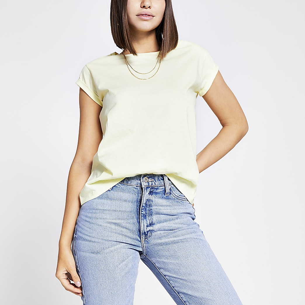 Yellow short turn-up sleeve T-shirt